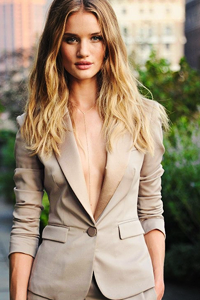 Rosie_Huntington_Whiteley_q