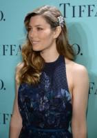 Джессика Бил. Джессика на вечеринке Tiffany & Co у Рокфеллер-Центра В Нью-Йорке:
