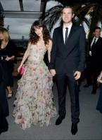 Зоуи Дешанель. Vanity Fair Oscars Party 2014