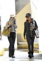Эшли покидает дом Ванессы Хадженс в Толука Лейк
