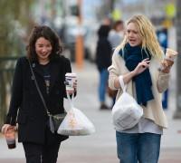 Дакота была замечена в Лас-Вегасе с американской актрисой Сарой Стил, коллегой по новому фильму.