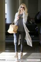 Роузи прибывает в LAX (часть 2)