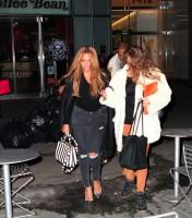 #Jayonce покидают офисное здание «Parkwood Entertainment» в Нью-Йорке