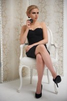 Три фотографии со съемок рекламы нового аромата «The One» от компании «Dolce&Gabbana».