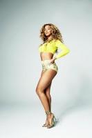 Бейонсе в новой фотосессии для апрельского номера журнала «Shape»