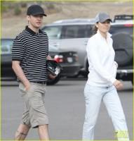 Джастин и Джессика на гольфе Mirimichi в воскресенье в Миллингтон, штат Теннеси.