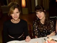 """Зоуи на ежегодной вечеринке журнала """"ELLE"""" для женщин-телезвезд."""