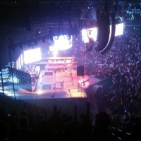 DIAMONDS WORLD TOUR: ВАШИНГТОН, США (29 АПРЕЛЯ)
