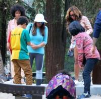 Бейонсе, Блу Айви, Соланж и Тина Ноулз в Гриффин-парке, Лос Анджелес