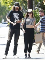 Роуз МакГоун. ROSE OUT IN WEST HOLLYWOOD (23 AUGUST)