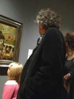 Хелена, Тим и дети в музее 22 октября
