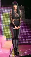 Ники Минаж. Появилось еще больше фото с 'Pink Friday Tour'.