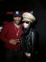Ники и Уалей (Wale) посетили клуб VIP вчера вечером.