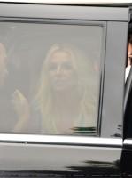 Бритни Спирс. 28 июля - Премьера фильма Смурфики 2 в Уэствуде - Красная дорожка