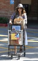 Джессика Альба на шопинге в Малибу