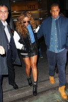 #Jayonce покидают офисное здание в Нью-Йорке