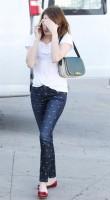 Эмма Робертс была замечена в Лос Анджелесе - 14 февраля