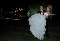 Новые фото с венчания Луисаны и Майкла (2 апреля 2011)