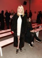 """Дакота Фаннинг. Дакота побывала на модном показе брэнда """"Proenza Schouler"""" в Нью-Йорке."""