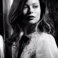 Миранда выложила фото с фотосессии для журнала Spirit And Flesh