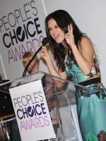 Рэйчел на объявлении номинантов People's Choice Awards