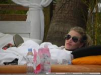 Роузи отдыхает на Ибице