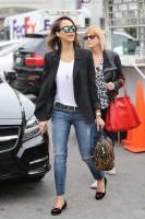 Джессика Альба на шоппинге со своей мамой в Беверли-Хиллз