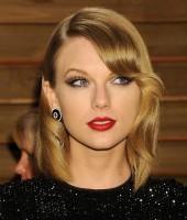 Новые фото Тейлор с «Vanity Fair Oscar Party»