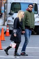 Дакота Фаннинг. Дакота с Джейми прогуливались в Нью-Йорке, в районе Сохо.