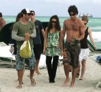 Джессика Альба. Джессика Альба встречает Новый год в Майами