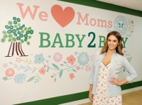 """Baby2Baby's We Love Moms Party"" в Лос-Анджелесе"