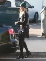 Джессика Альба на шопинге в Западном Голливуде