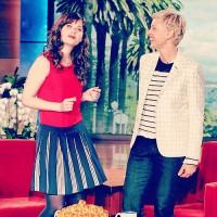 Зоуи Дешанель на «Шоу Эллен Дедженерес» - 10 (11) Апреля, 2014