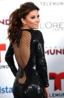 Ева Лонгория прибыла на Telemundo's Premios Tu Mundo Awards, Майами.