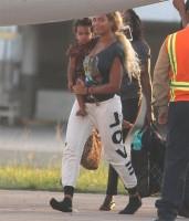 Бейонсе и Блу в аэропорту Сан-Хуана, Пуэрто-Рико
