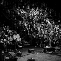 Бритни Спирс. Mike Posner & Spoken-Word Poet In-Q в Лос Анджелесе