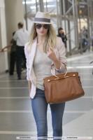 Роузи прибывает в LAX (часть 1)