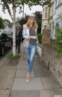 Роузи на прогулке в лондоне