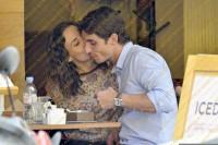 Сурия и Альберто в ресторане
