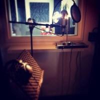 Миранда в студии звукозаписи