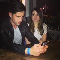 Джош Пек добавил совместное фото с Мирандой в инстаграм