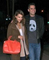 """Джессика Альба с мужем отправляется на свидание в ресторан """"Craig's"""""""