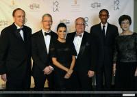 10 декабря 2013 - Ева Лонгория на INTERNATIONAL QUALITY OF LIFE AWARDS