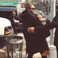 Бейонсе вместе с Блу Айви, были замечены сегодня на улицах Нью-Йорка