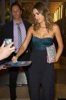 """Джессика Альба посетила телешоу """"Watch What Happens Live"""" в Нью-Йорке"""