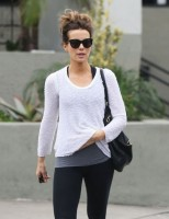 Кейт Бекинсейл. В Западном Голливуде (6 фото)