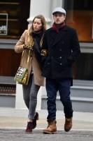 Джастин и Джесс гуляют по Нью-Йорку.