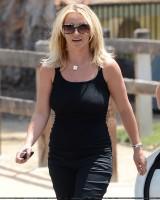 22 июля - Бритни и Дэвид пообедали в таверне Napa в Уэстлэйк Вилладж