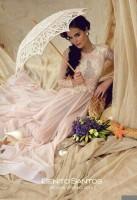 Новая порция фото Химе в свадебных платьях от Benito Santos.