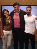 Сурия и Хосе Мария Торре на радиостанции MVS 102.5 FM.